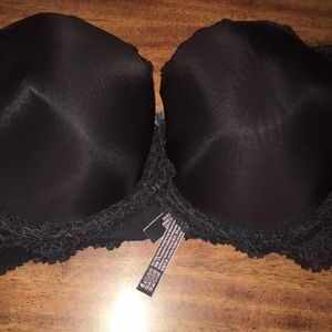 Black bra lace beautiful medium push up.